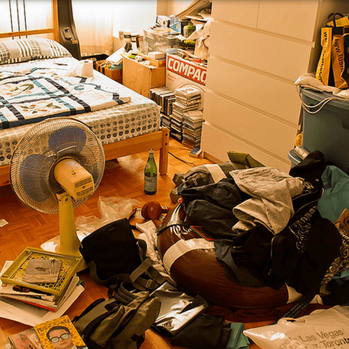 how to get rid of a cluttered room
